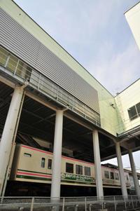 デスティネーションキャンペーン車・駒形駅 - このひとときを楽しもう