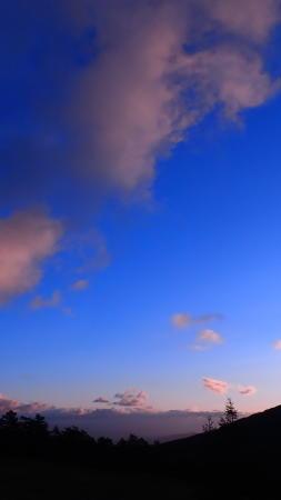 秋の空 - 高峰温泉の四季の移り変わりを写真と一言コメントで楽しんでください。