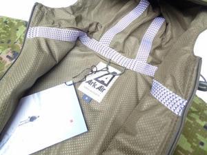 Ark Air アークエアーのジャケットが入荷しました -