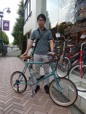 9月22日渋谷原宿の自転車屋FLAME bike前です -