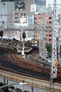 北朝鮮問題、ミサイルは飛んでくるのか日本の危機迫る・・・鉄道写真神戸元町で貨物列車撮影 - 藤田八束の日記