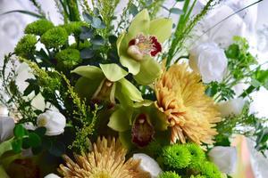 悲しみの中に寄り添うお花達… - 元英国在住アート・セラピストが造る癒しの庭
