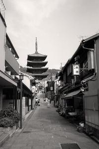京都散歩 八坂の塔への道 - Life with Leica
