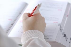 問題集をやってからテキストに戻る - 独学で行政書士試験に合格するブログ