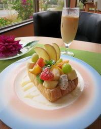 フルーツおばさんのCafe 花水木*まるでフルーツパーラー♪ - ぴきょログ~軽井沢でぐーたら生活~