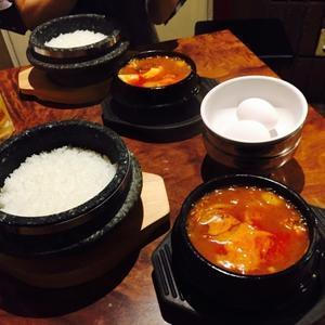 石鍋豆腐チゲ専門店 「姉妹(チャメ)」のスンドゥブチゲ☆ - ハレクラニな毎日Ⅱ