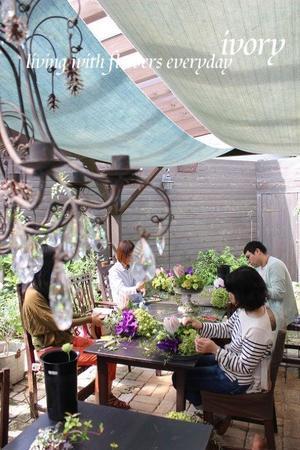?週末の花教室から?? -  Flower and cafe 花空間 ivory (アイボリー)