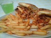■昼食はケバブ・・・ - フランス美食村