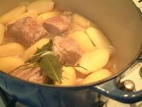 豚肉とおじゃがのことこと煮 - フランス美食村