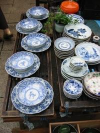 ■調神社の骨董市にて - 陶芸ブログ・さるのやきもの