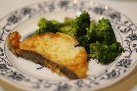 夕ご飯/鱈のカレー風味のムニエル - おいしい日記