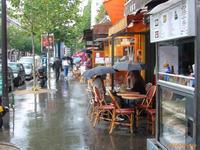 ■雨の日のキャフェのテラスから - フランス美食村