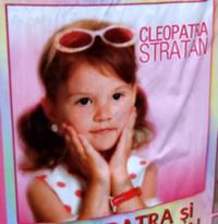 3歳の歌手・クレオパトラちゃん♪CleopatraStratan - Ghita - ルーマニアへ行こう! Let's go to Romania !