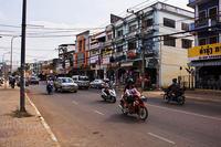 Laos旅行-(15)市内と凱旋門@Viang Chan - デジカメ写真集