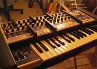 Moog か Oscar か - Music school purevoice_instructor's NOTE