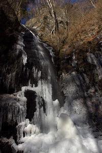 虹色の滝-白糸の滝@奥多摩、丹波 - デジカメ写真集