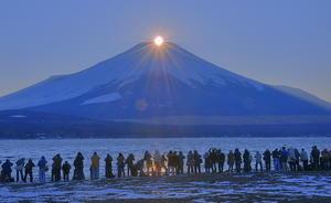 ダイヤモンド富士・山中湖きらら - 小さな旅で観た情景