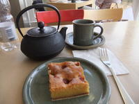 おしゃれ上等! ロンドンの併設カフェ&レストラン - イギリスの食、イギリスの料理&菓子