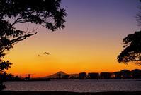 港の夕暮れ22015_01_21更新 - 夕陽に魅せられて・・・