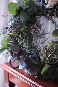 ブルーアイスと紫陽花の秋のリース - Cherish~大切なもの