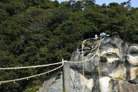 熊野の旅 花の窟神社お綱かけ - LUZの熊野古道案内