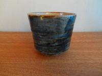 そばちょく呉須刷毛目 - 誇張する陶芸家の雑念