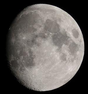 久しぶりの月の撮影 - やっさんの庭先で星空ウォッチング アルバム