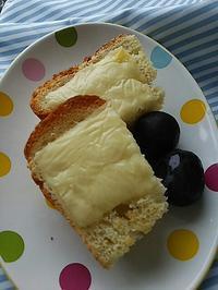 チーズトーストの朝ごぱん - 料理研究家ブログ行長万里  日本全国 美味しい話