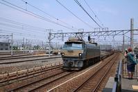 藤田八束の鉄道写真@鉄道写真を撮る若者たちに列車のこと、鉄道のことを教えてもらう・・・若くなります - 藤田八束の日記