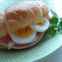 ハム卵サンドの朝ごパン - 料理研究家ブログ行長万里  日本全国 美味しい話