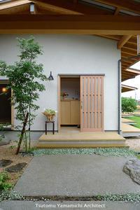 ∵「遠くを見る家」にはアンティークな紫陽花を♪ - ふっとコト、カタり。