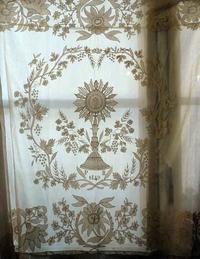 教会の祭壇テーブルセンター1849年   /974 - Glicinia 古道具店