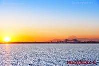 夕陽と富士山とゲートブリッジ - 風景写真家 鐘ヶ江道彦のフォトブログ