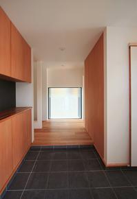 「明石の家」玄関 - OCM一級建築士事務所