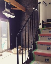 階段手摺と壁手摺 - sol y sombra  【IRON WORK FACTORY 】