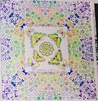 実家の母74歳も楽しんでます!オトナの塗り絵『ひみつの花園』彩色作品 - オトナのぬりえ『ひみつの花園』オフィシャル・ブログ