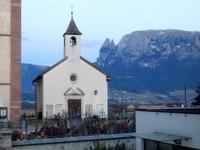 村の教会の鐘 (Sudtirol) - エミリアからの便り