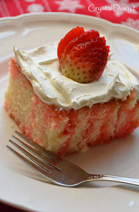 Strawberry Jello Poke Cake - Crystal Diary 2 ~その後のMessage In A Bottle~