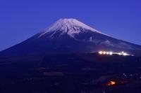 裾野からの富士山 - 風とこだま