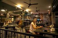 ベジタブルピザ、美味しかったです♪ - Shimakaze Life     ~家族3人ゆる~い時間をプーケット島で楽しんでおります~