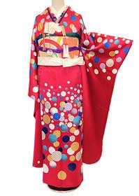 ドットモダンな赤振袖にビンテージスタイル - それいゆのおしゃれ着物レンタル