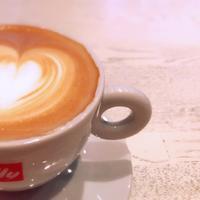 [coffee]5/365 GMCのヘーゼルナッツラテ - 午後3時には休みたい