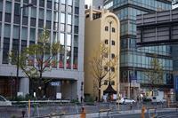 精肉やまたけ曽根崎店 - レトロな建物を訪ねて