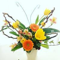 春の花で蝶々をアレンジ! - **おやつのお花*   きれい 可愛い いとおしいをデザインしましょう♪