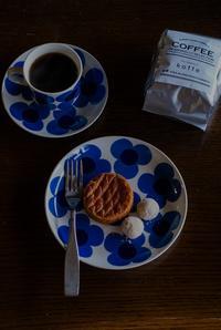koffeさんの珈琲豆と焼き菓子 - 鏡花水月