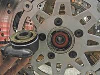 A井サン号 GPZ900Rニンジャのブレーキ廻りを仕様変更!(Part2) - フロントロウのGPZ900Rニンジャ旋回性向上計画!