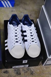 今時期だから・・・靴関連、動き好しです(^^♪スニーカー編。。。 - selectorボスの独り言   もしもし?…0942-41-8617で細かに対応しますョ  (サイズ・在庫)