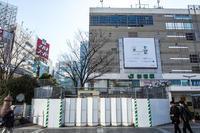 新宿ステーションスクエア - カメラマン的思考デザイナー的発想ダーツァー的傾向