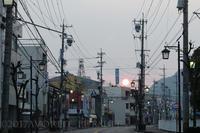 早朝の街 - favorite pursuit