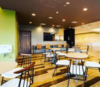 カフェをデザイン(デイサービスの地域に開いた) - 生きるを良くする、暮らしのデザイン